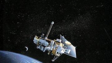 Космический спутник сошел с орбиты