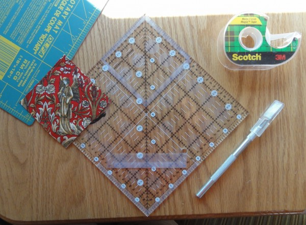 Fussy cutting ruler and square
