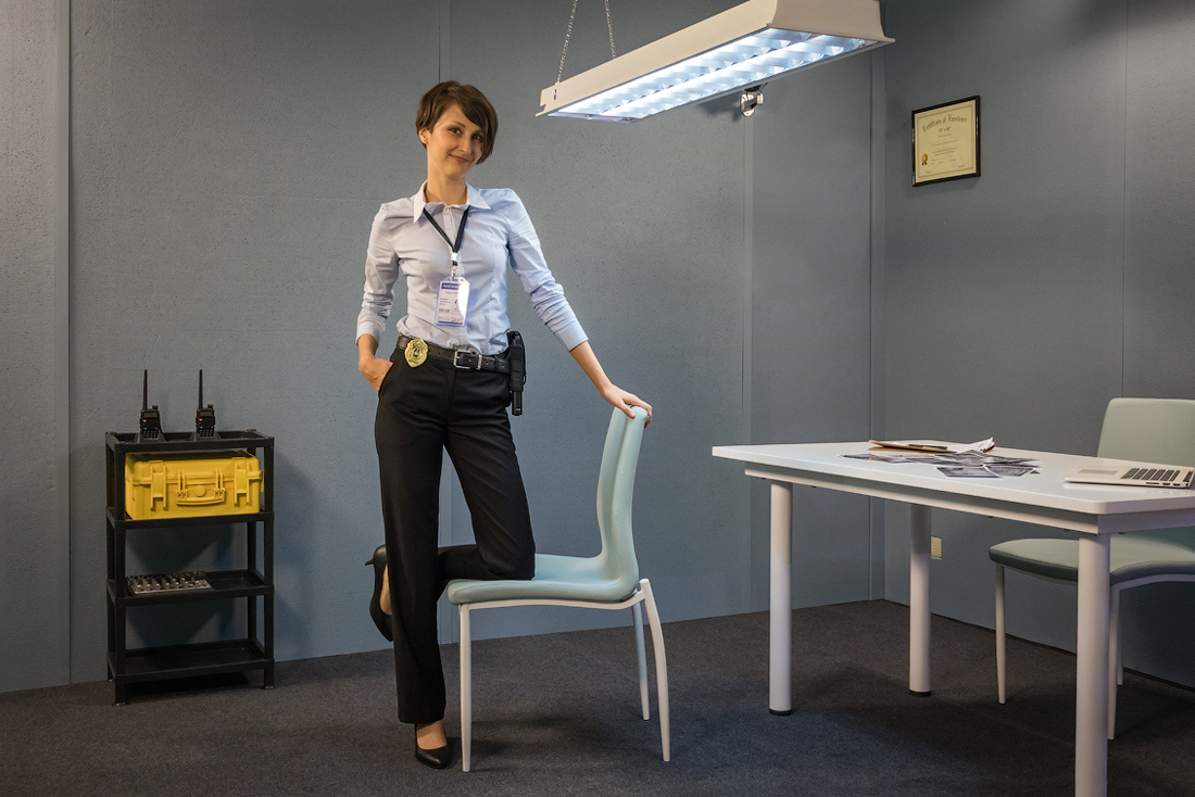 The_Policewoman_1.jpg