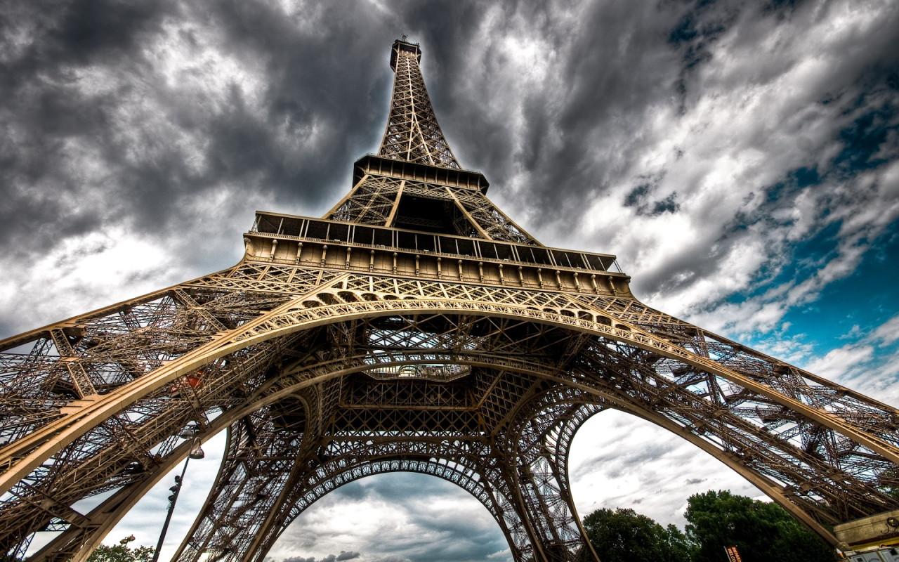 World_France_Eiffel_Tower_Paris_013840_