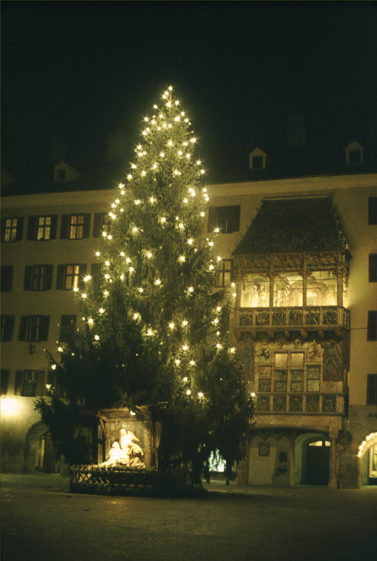 Innsbruck - Christmas at the Goldenes Dachl