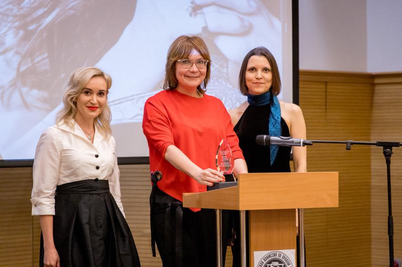 Мария Сиснёва получила награду Гражданской комиссии по правам человека
