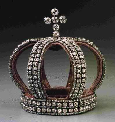 The nuptial crown