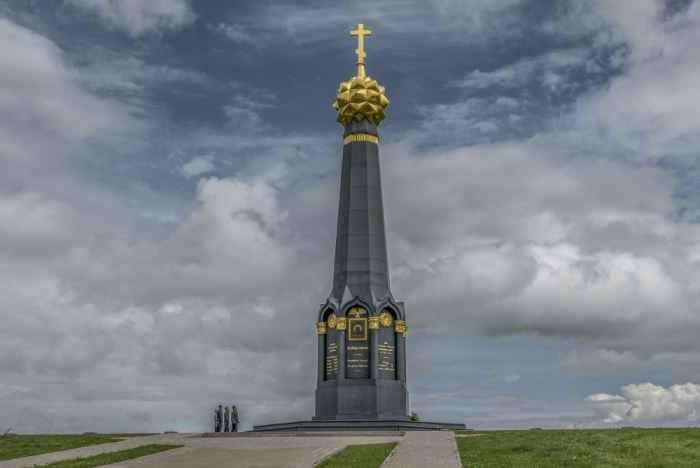 Главный монумент батарее Раевского