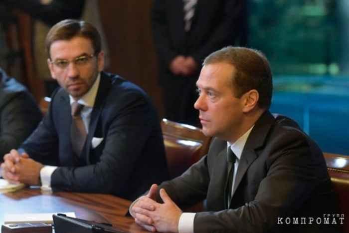 Абыхов и Медведев
