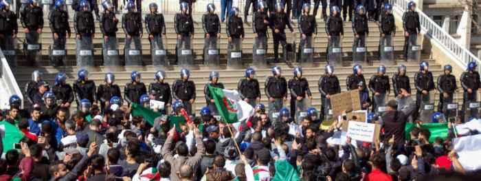 Протесты в Алжире