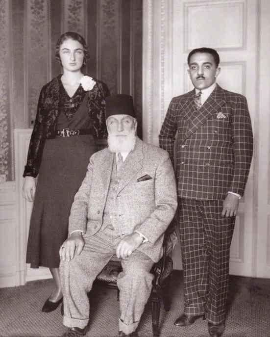 Дюррюшехвар Султан с отцом и мужем. 1931 год