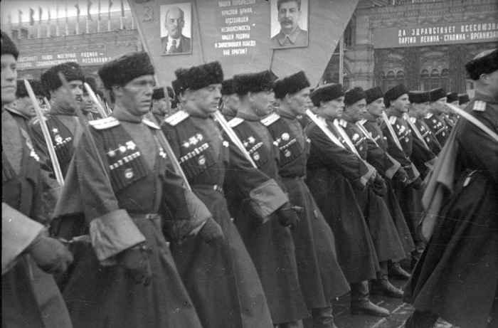Кубанские казаки на Параде Победы 1945