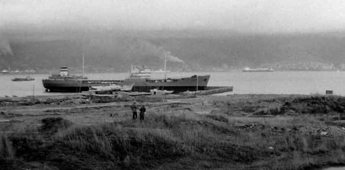 Новороссийск, танкер «Курсант» на водной станции