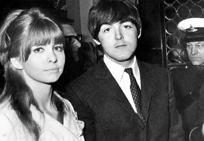 Paul McCartney and actress Jane Asher