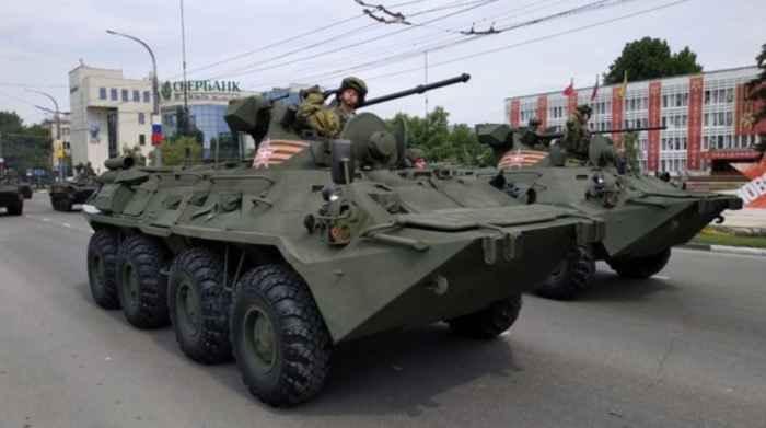 """Новороссийск. Бронеавтомобиль """"Рысь"""""""