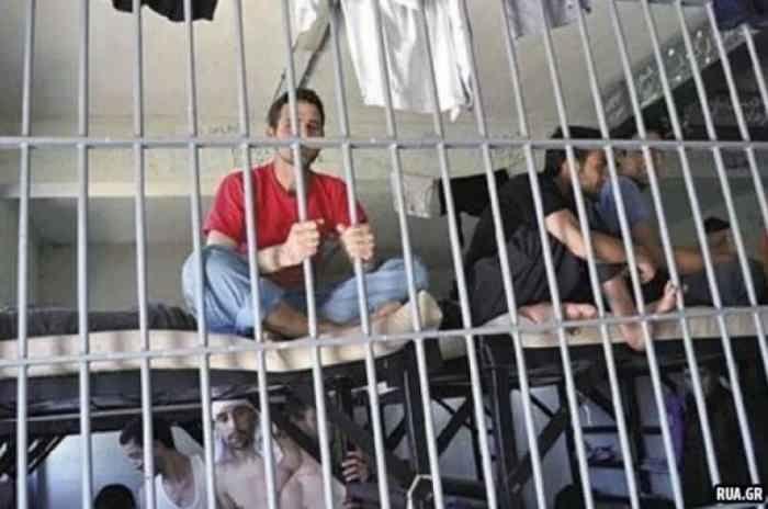 Русские в греческой тюрьме