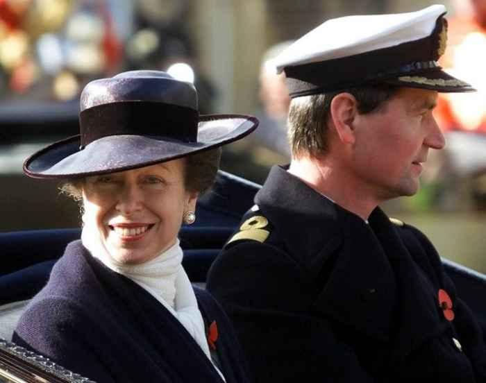 британская принцесса Анна со своим мужем-командором Тимом Лоуренсом