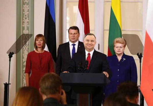 Президенты Польши, Эстонии, Латвии и Литвы
