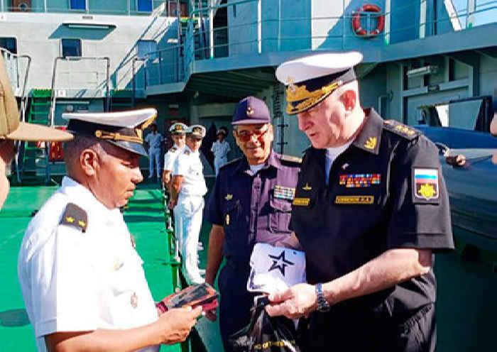 Адмирал Евменов на Кубе