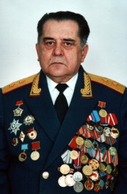 генерал-лейтенант Ткач Борис Иванович