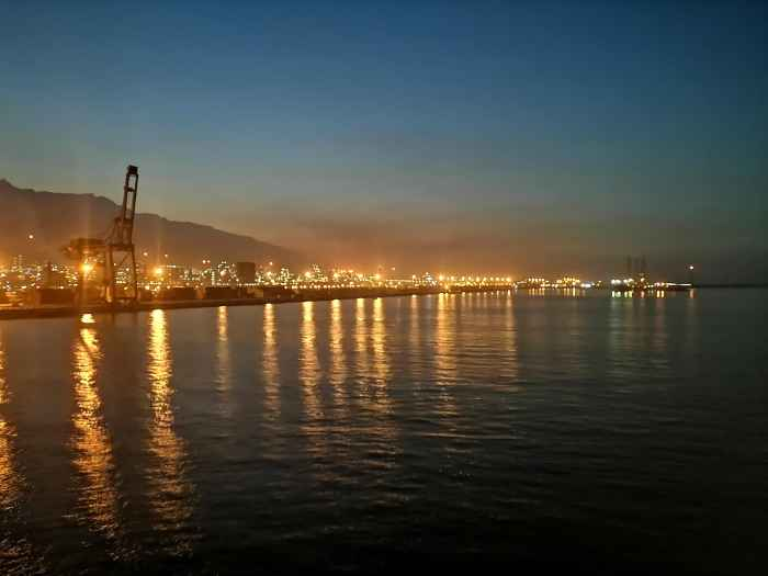 Night port of Asaluyeh