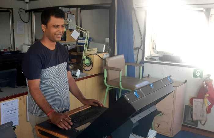 2 помощник Shubhranshu Sekhar Patra