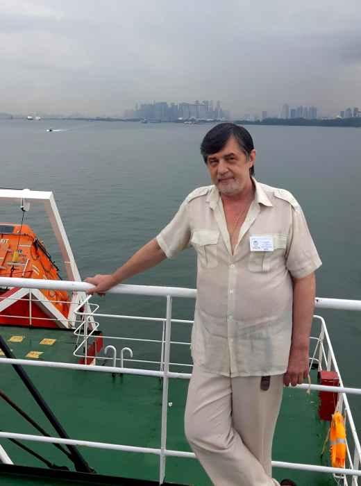 Капитан Никольский в Сингапуре