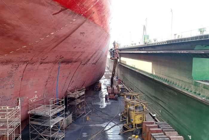 PK MARIT in floating dock