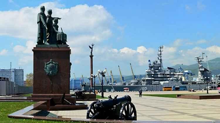 Памятник основателям Новороссийска