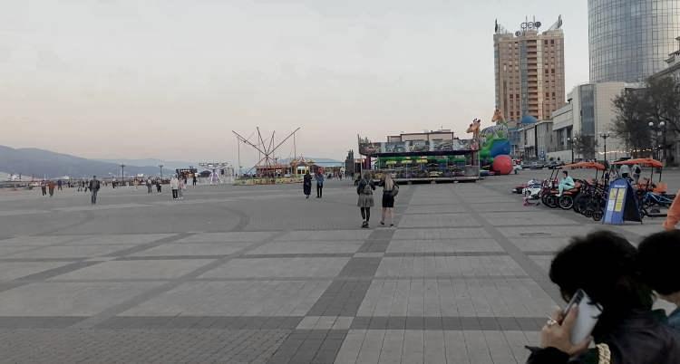 Новороссийск. Аттракционы на Набережной