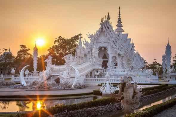 Ват Ронг Кхун 01