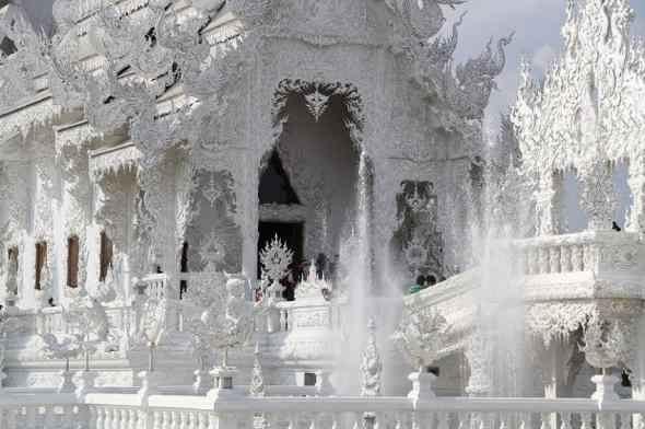 Ват Ронг Кхун 09