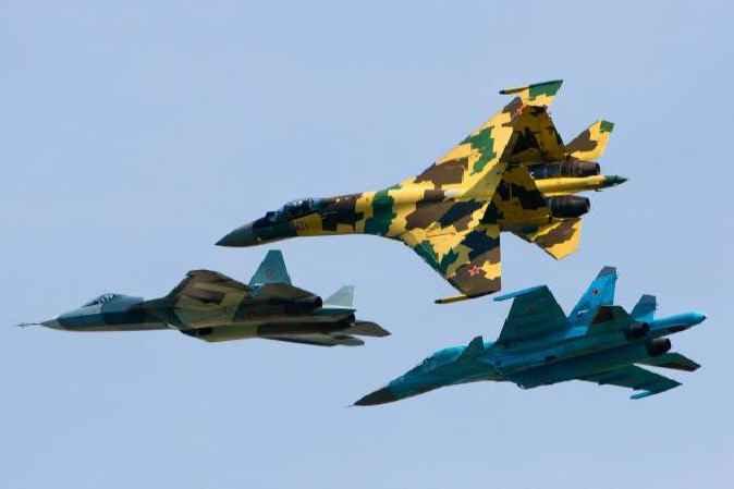 Русские самолёты в небе