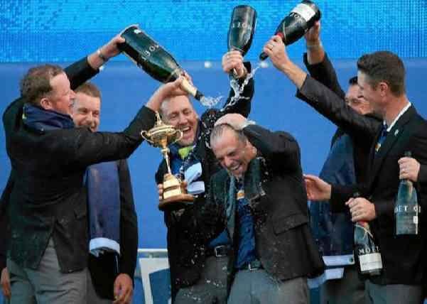 Европа празднует победу над США в соревнованиях по гольфу Ryder Cup