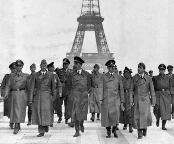 Фашисты в Париже