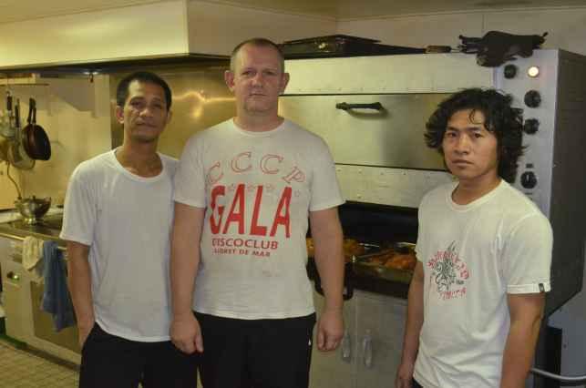 камбузный департамент - Chief cook Иван и два стюарда