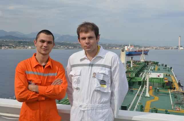 3-й помощник Олександр и Apprentice officer Андрий