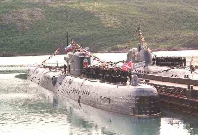 лодка проекта 675