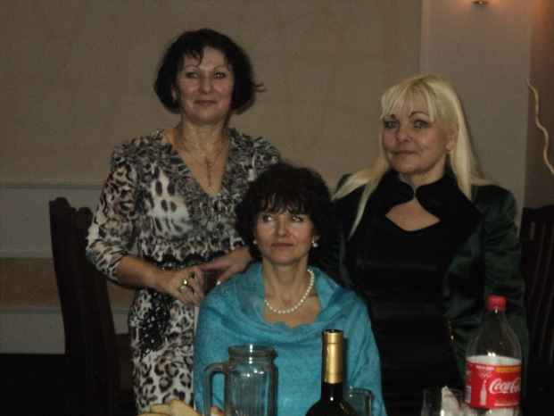 И снова три сестры