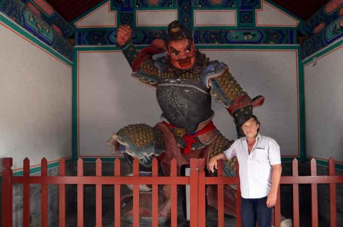 Капитан Никольский в Китае