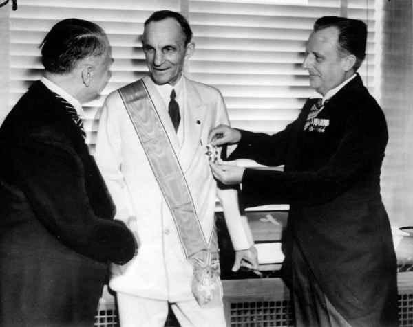 Генри Форд и Гитлер