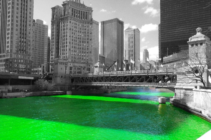 Green-Chicago-River-for-St-Patricks-Day2