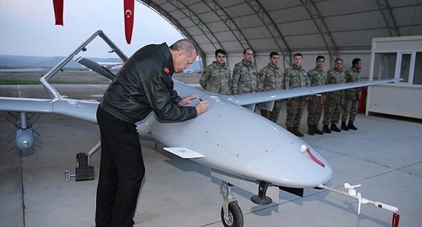 Порошенко купит для войны с Донбассом турецкие ударные БПЛА