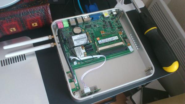 Внутри мини компьютера