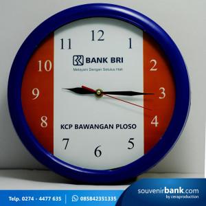 souvenir bank - souvenir tumbler indigo milik bank BRI.jpg