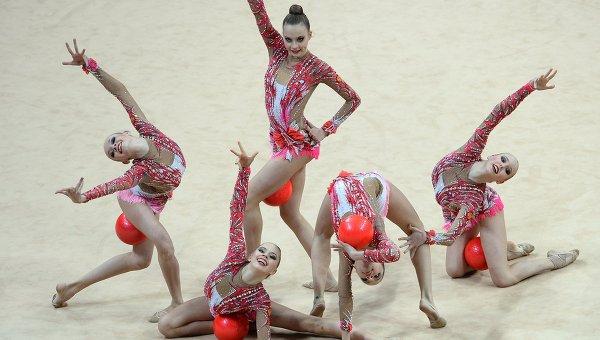 фото выступления гимнасток