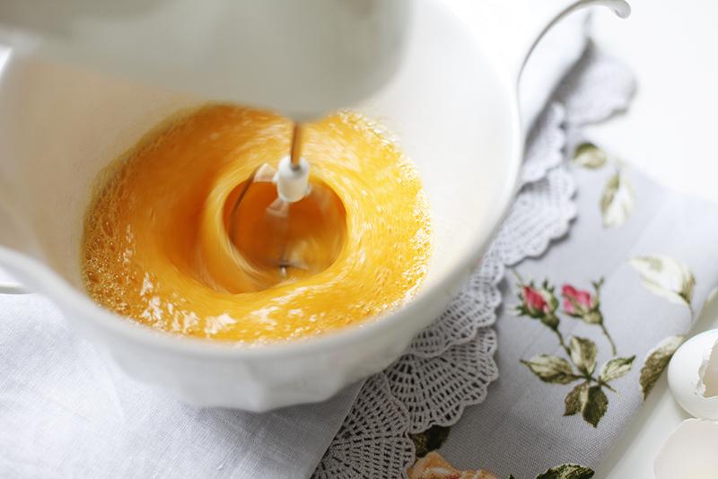 Бисквитный кекс с нектаринами - рецепт пошаговый с фото
