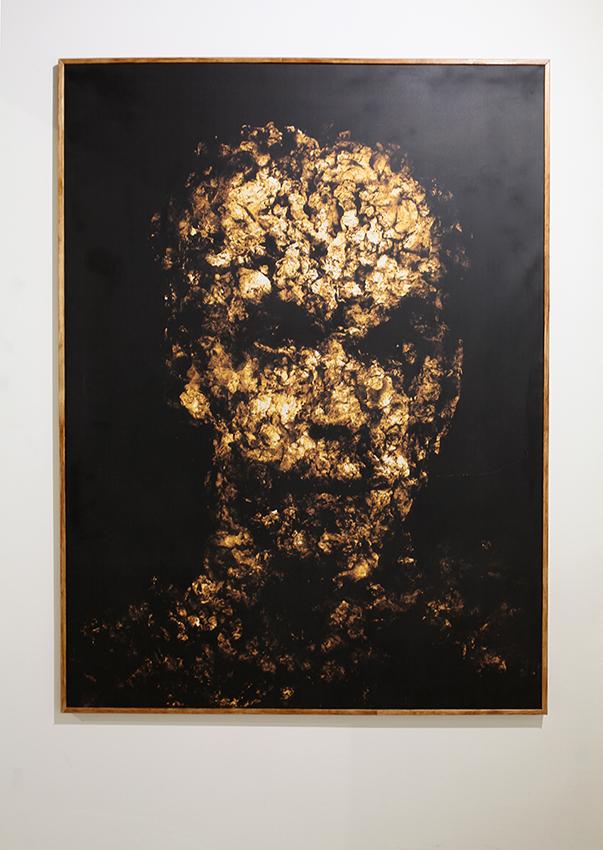 Гор Чахал, «MEIN GOLD». 200Х150 см, мультимедиа, холст, scotchprint, 2001.