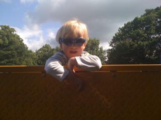 S Sunglasses