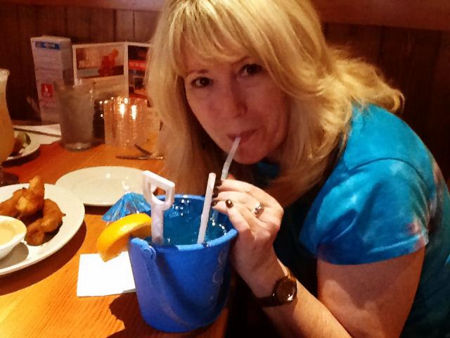 bucket-drink-marilyn-2013-april-6