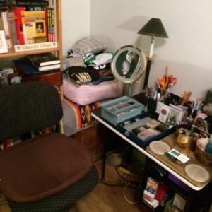 vanity-table