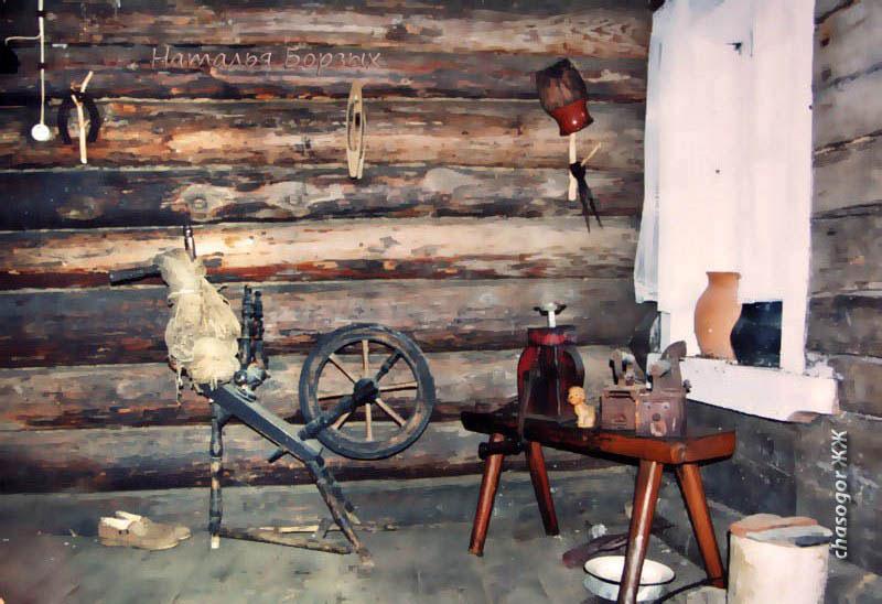 уголок дома в Сосновке, старая изба