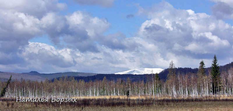 гора Аргиджек в снегу