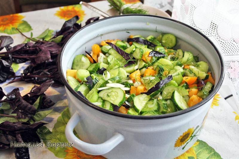 готовлю салат для банок